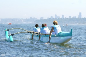 Seattle Outrigger Canoe Club women paddlers